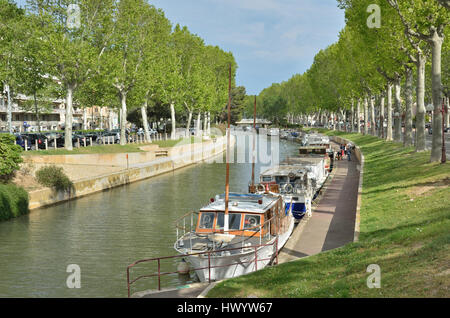 Canal de la Robin in Narbonne - Stock Photo