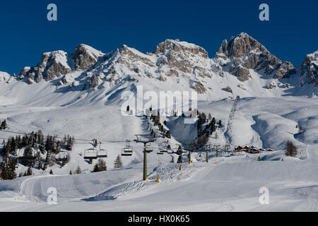 The idyllic panorama of the snowy peaks in the Dolomiti. - Stock Photo