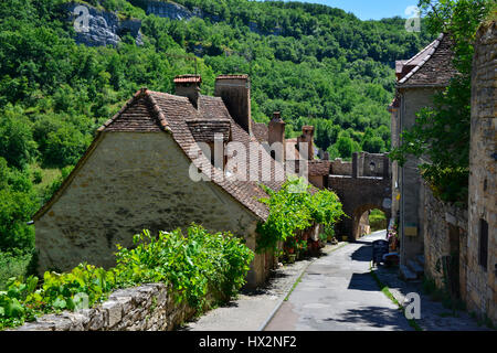 Medieval street and houses i  Rocamadour, the Lot region, France - Stock Photo
