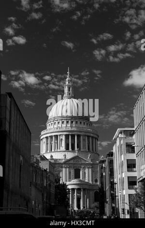 St Paul's Cathedrel London. Constructed on June 21 1675. - Stock Photo