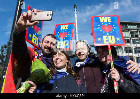 London, UK. 25th Mar, 2017. Unite for Europe March. Anti-Brexit protesters gather and march to Parliament. Credit: - Stock Photo