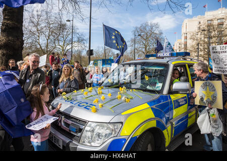 London, UK. 25th Mar, 2017. Unite for Europe March in London. Thousands march from Green Park to Parliament Square - Stock Photo