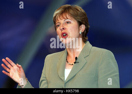THERESA MAY MP SHADOW CAB. WOMENS ISSUES 02 October 2000 BOURNEMOUTH BOURNEMOUTH - Stock Photo
