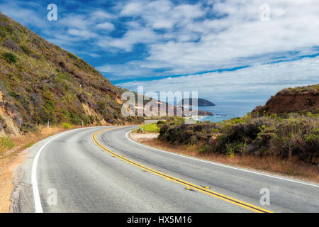 Pacific Coast Highway (Highway 1) at southern end of Big Sur, California - Stock Photo