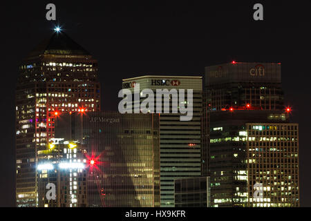 London, UK. 25th March, 2017. 'Earth Hour' lights out over Canary Wharf business park buildings © Guy Corbishley/Alamy - Stock Photo