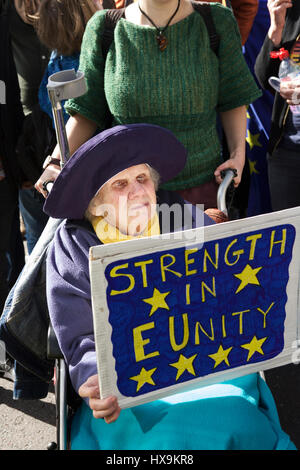 London, UK. 25th March 2017. Unite for Europe organised a Pro-EU march in London. Demonstrators march from Park - Stock Photo