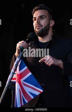 London, UK. 25th March, 2017. Mete Coban of My Life My Say addresses tens of thousands of pro-EU campaigners at - Stock Photo