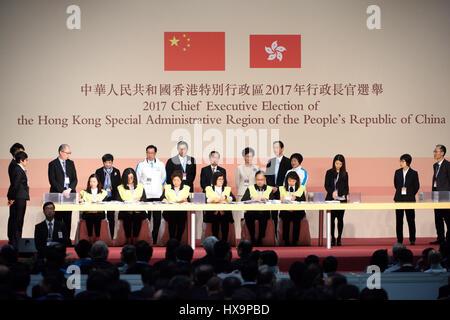 Hong Kong, China. 26th Mar, 2017. Officials count votes at the Hong Kong Convention and Exhibition Center in Hong - Stock Photo