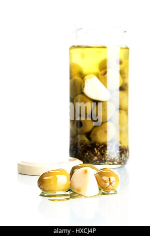 Olives and garlic, Oliven und Knoblauch - Stock Photo