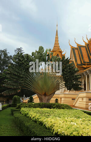 The Throne Hall (Preah Timeang Tevea Vinicchay), Royal Palace, Phnom Penh, Cambodia - Stock Photo