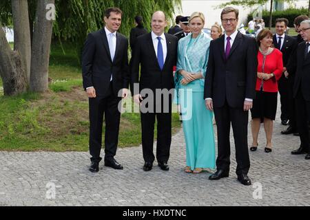 prince albert ii of monaco and charlene wittstock wedding