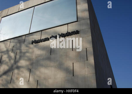 """The """"Museum der Moderne"""" is a modern art museum in a contemporary setting, which is located on top of the Moenchsberg - Stock Photo"""