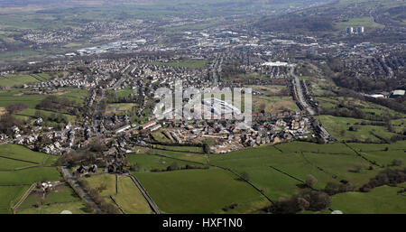 aerial view of a new housing development on green belt land, UK - Stock Photo