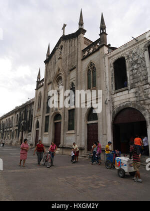 A tranquil place directly in the busy city-center of León Nicaragua (Calle Real Ruben Dario ) to rest, relax and - Stock Photo
