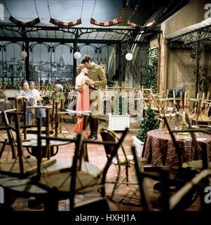 JULIE ANDREWS, ROCK HUDSON, DARLING LILI, 1970 - Stock Photo