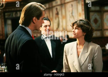 JEREMY IRONS, GENEVIEVE BUJOLD, DEAD RINGERS, 1988 - Stock Photo