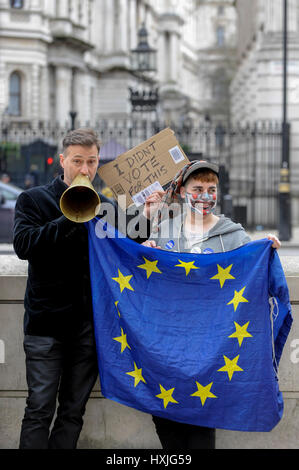 London, UK. 29th Mar, 2017. Pro-Europe demonstrators stage a protest, outside Downing Street. Today, is the day - Stock Photo