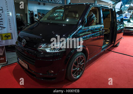 car vw volkswagen multivan t5 2 5 tdi van model year. Black Bedroom Furniture Sets. Home Design Ideas