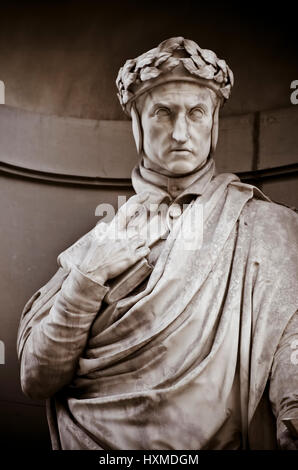 Dante Alighieri in the Niches of the Uffizi Colonnade. - Stock Photo