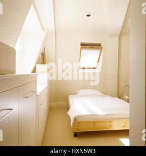 Gustavian bedroom.