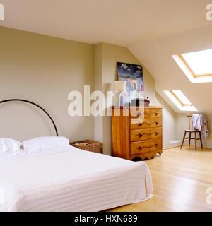 Simplistic bedroom.