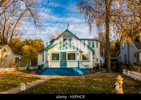 Beautiful blue house in Toronto Islands - Toronto, Ontario, Canada - Stock Photo