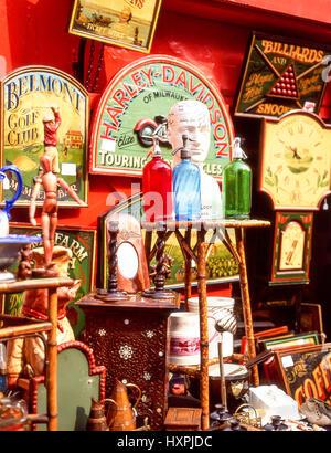 Portobello Road Antiques Market, Notting Hill, Royal Borough of Kensington and Chelsea, Greater London, England, - Stock Photo