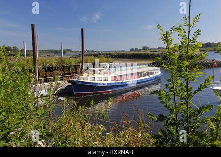 Longboat in the Zollenspieker ferry boat-house in Kirchwerder, Hamburg, Germany, Europe, Barkasse am Zollenspieker - Stock Photo