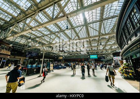 View inside the Glasgow's Central Station - Stock Photo