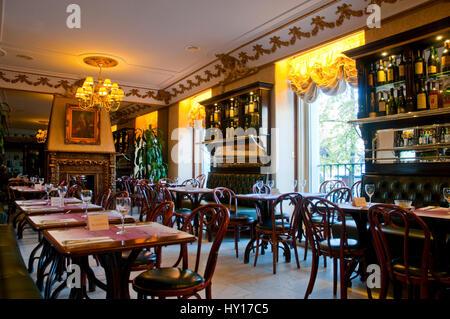 Cafe restaurant La Botilleria del cafe de Oriente, indoor view. Madrid, Spain. - Stock Photo