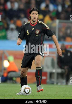 SAMI KHEDIRA GERMANY & VFB STUTTGART GERMANY & VFB STUTTGART SOCCER CITY  SOUTH AFRICA 23 June 2010 - Stock Photo