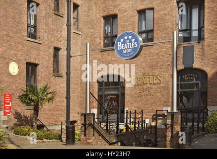 The Beatles Story is a unique visitor attraction located within Liverpool's historic Albert Dock.   Das Beatles - Stock Photo