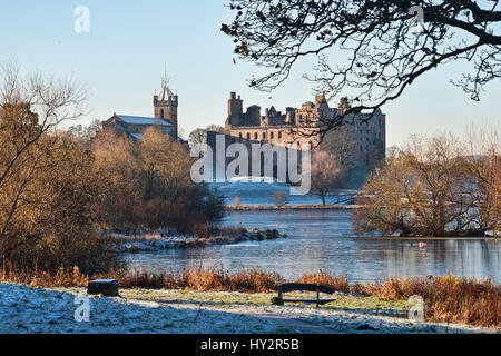 Linlithgow palace and loch, West Lothian,  Scotland UK. - Stock Photo