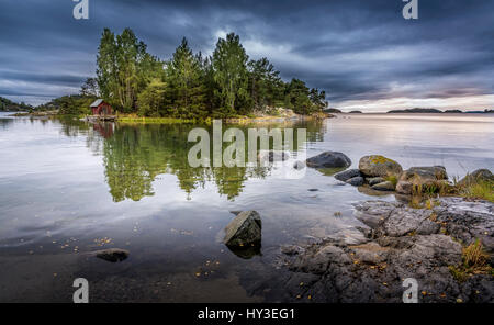 Sweden, Stockholm Archipelago, Sodermanland, Musko, Small island on lake - Stock Photo
