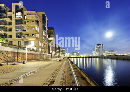Dalmannkaipromenade and imperial quay in the harbour city in the evening, Hamburg, Germany, Europe, Dalmannkaipromenade - Stock Photo