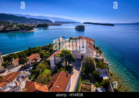 Croatia, Kvarner Gulf, Rab Island, Rab Town, Old Town with cathedral in front of Velebit Mountain, view from the - Stock Photo