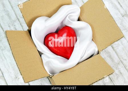 Heart in a package, Valentinstag, Herz in einem Paket
