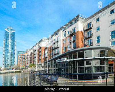 Gunwharf Quays Leisure Complex, Portsmouth, England, UK - a modern urban renewal / redevelopment project. Modern - Stock Photo