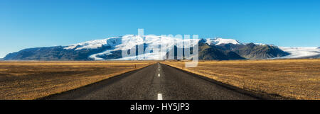 Famous ring road in Iceland leading to Vatnajokull, also known as the Vatna Glacier. It is the largest ice cap in - Stock Photo