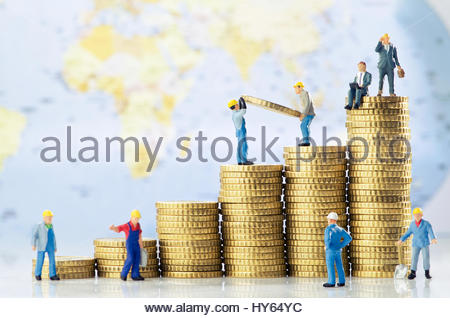 Working men creating global business growth - Stock Photo