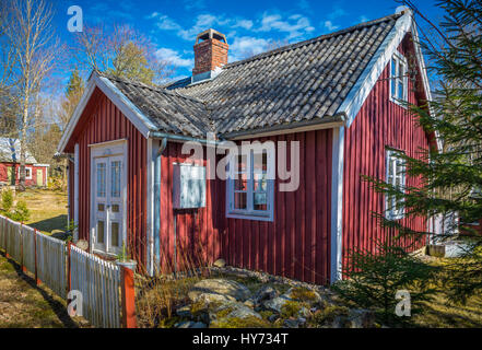 Cottage in the southern province of Blekinge in Sweden, near Kyrkhult. - Stock Photo