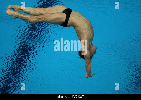 Kazan, Russia. 1st Apr, 2017. Great Britain's Jack Laugher competes in the men's 3m springboard final at the 2017 - Stock Photo