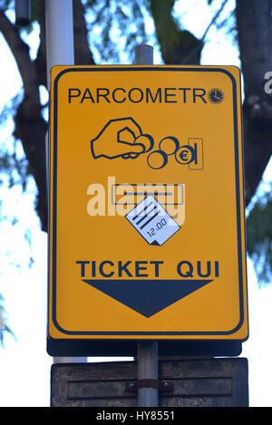 Park machine, sign, Catania, Sicily, Italy, Parkautomat, Schild, Sizilien, Italien - Stock Photo