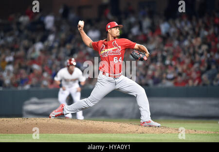 Memphis, TN, USA. 30th Mar, 2017. St. Louis Cardinals pitcher Sam Tuivailala delivers a pitch during the fourth - Stock Photo