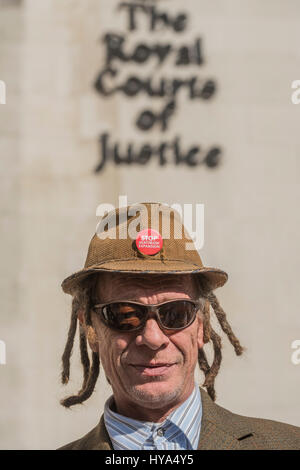 London, UK. 3rd Apr, 2017. Grow Heathrow, a community project protesting against a third runway at Heathrow Airport - Stock Photo