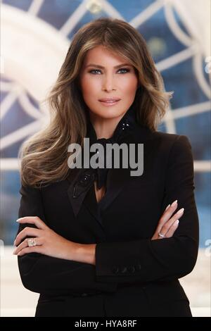 Washington, USA. 03rd Apr, 2017. U.S. First Lady Melania Trump official portrait released by the White House April - Stock Photo