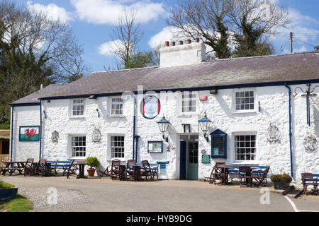 The historic Ship Inn in Red Wharf Bay, Anglesey, Wales - Stock Photo