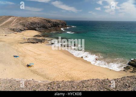 Strand Playa de Puerto Muelas, Playas de Papagayo bei Playa Blanca, Insel Lanzarote, Kanarische Inseln, Spanien - Stock Photo