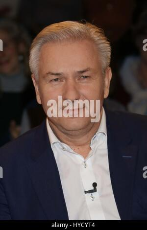 Guests at Talkshow 3nach9  Featuring: Klaus Wowereit Where: Hamburg, Germany When: 03 Mar 2017 - Stock Photo