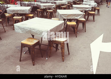 ... Empty Food Court Tables On Street Of Chinatown District In Singapore    Stock Photo